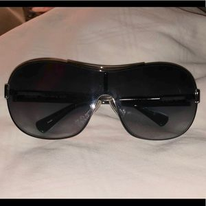 Coach Hadley Sunglasses with Case